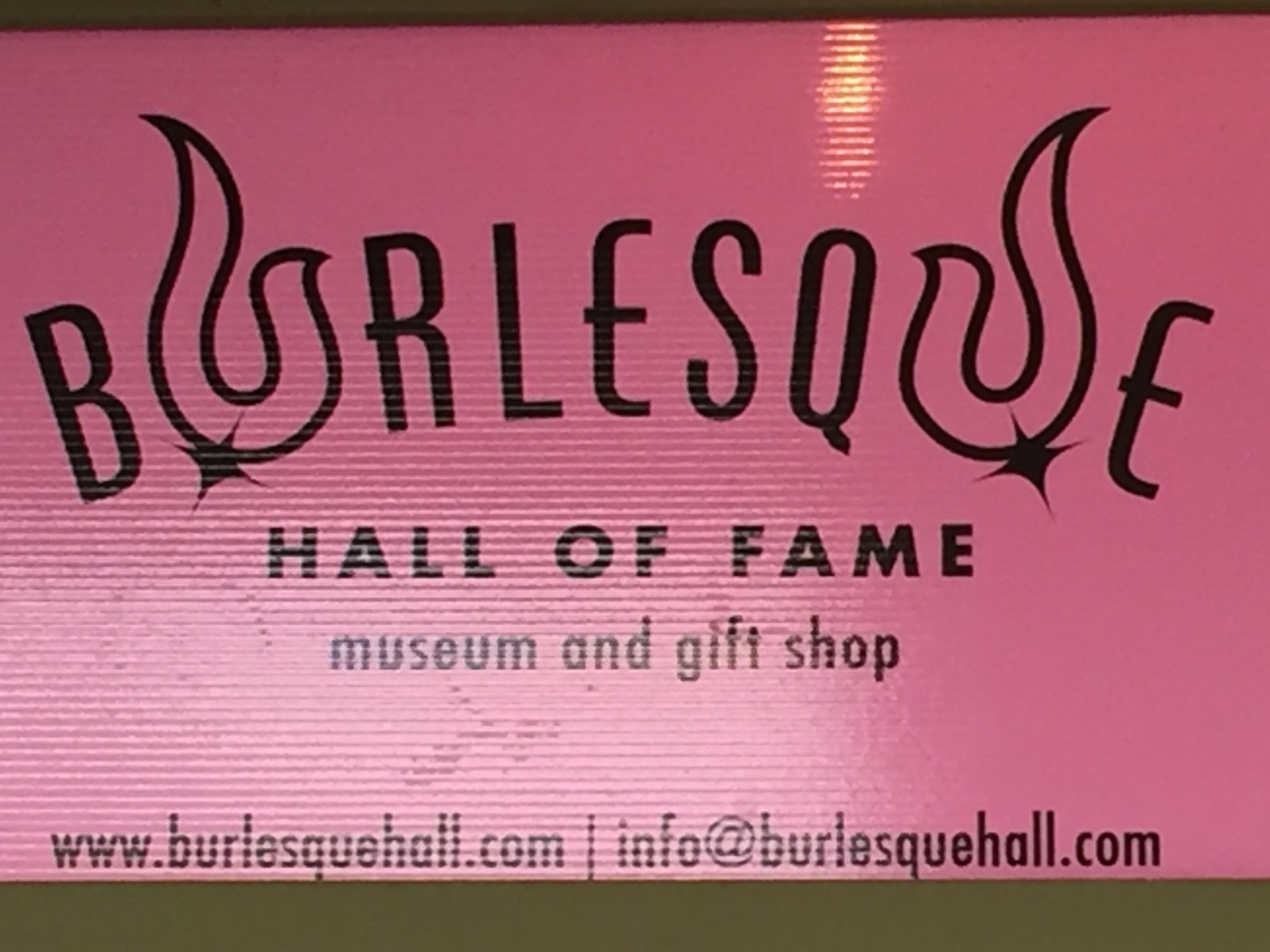 Visiting The Burlesque Hall Of Fame Mina Von Vixen